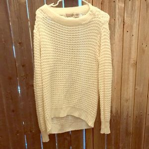Sweater- knitted